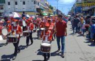 Ikuti Karnaval HUT RI Ke-74, SD 10 Tampil Beda Dan Mebarik