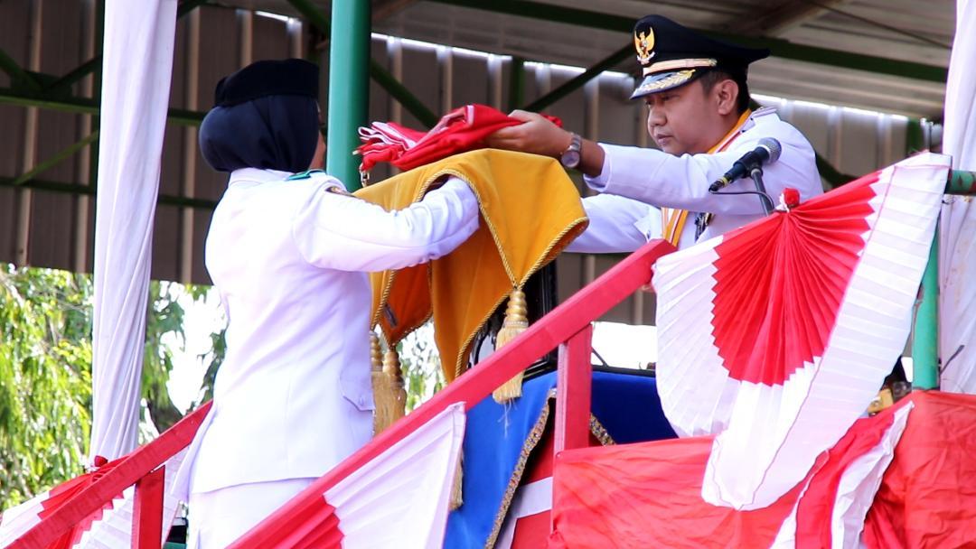 Bupati Lampung Utara Berhasil Menjadi Inspektur Upacara HUT Ke 74