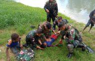 Aksi Heroik Prajurit Satgas Yonif MR 411 Kostrad Selamatkan Anak Tenggelam di Sungai