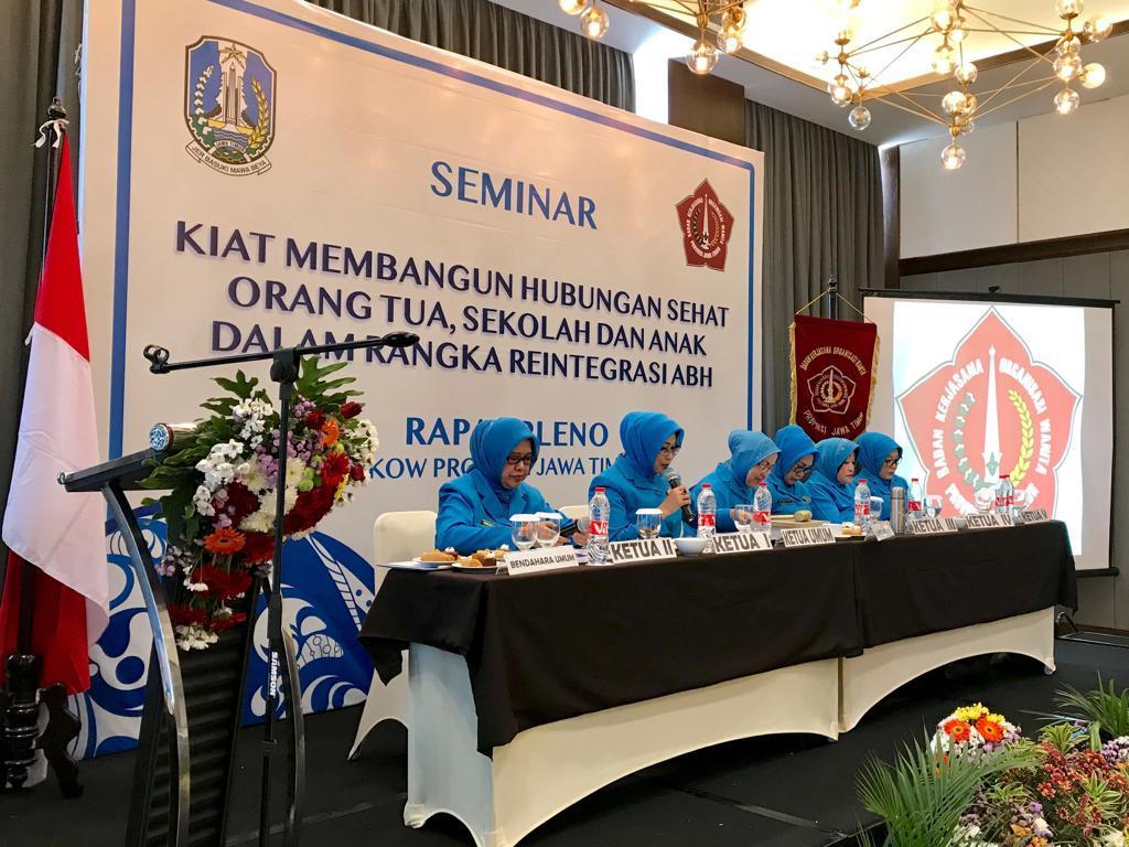 BKOW Provinsi Jatim Gelar Seminar Parenting, Fatma Saifullah Ingin Orang Tua Mengerti Kondisi Anak