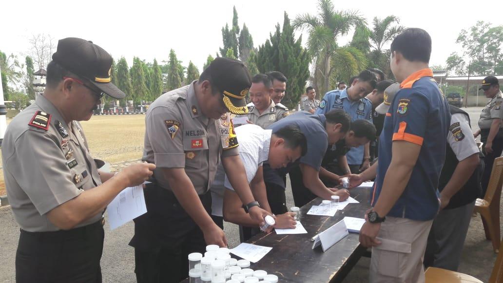 Dikejutkan Tes Urine Dadakan Oleh Propam Polda Lampung
