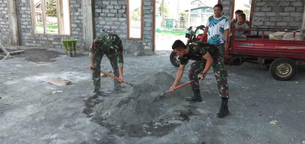Satgas 734 / SNS Bantu wujudkan bangun masjid pertama untuk Desa gura