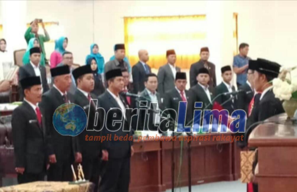 Pimpinan Definitif DPRD Kabupaten Sampang Periode 2019 – 2024 Dilantik