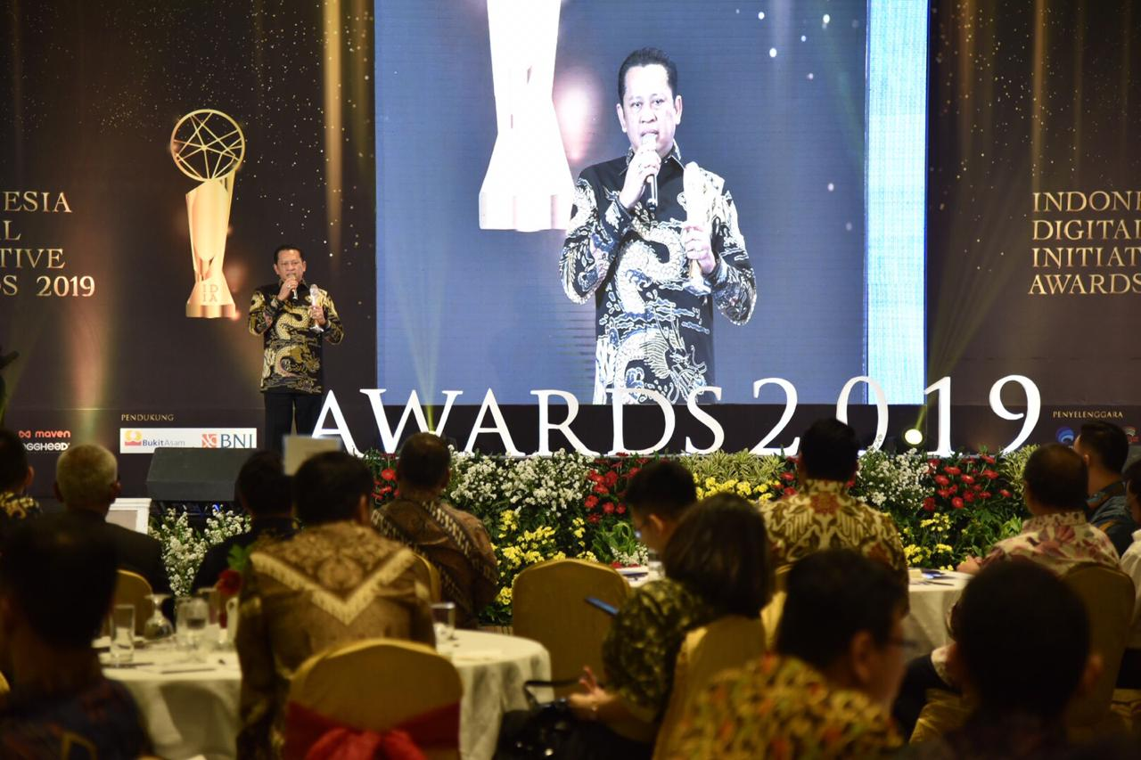 DPR RI Raih Penghargaan Indonesia Digital Initiative Awards 2019