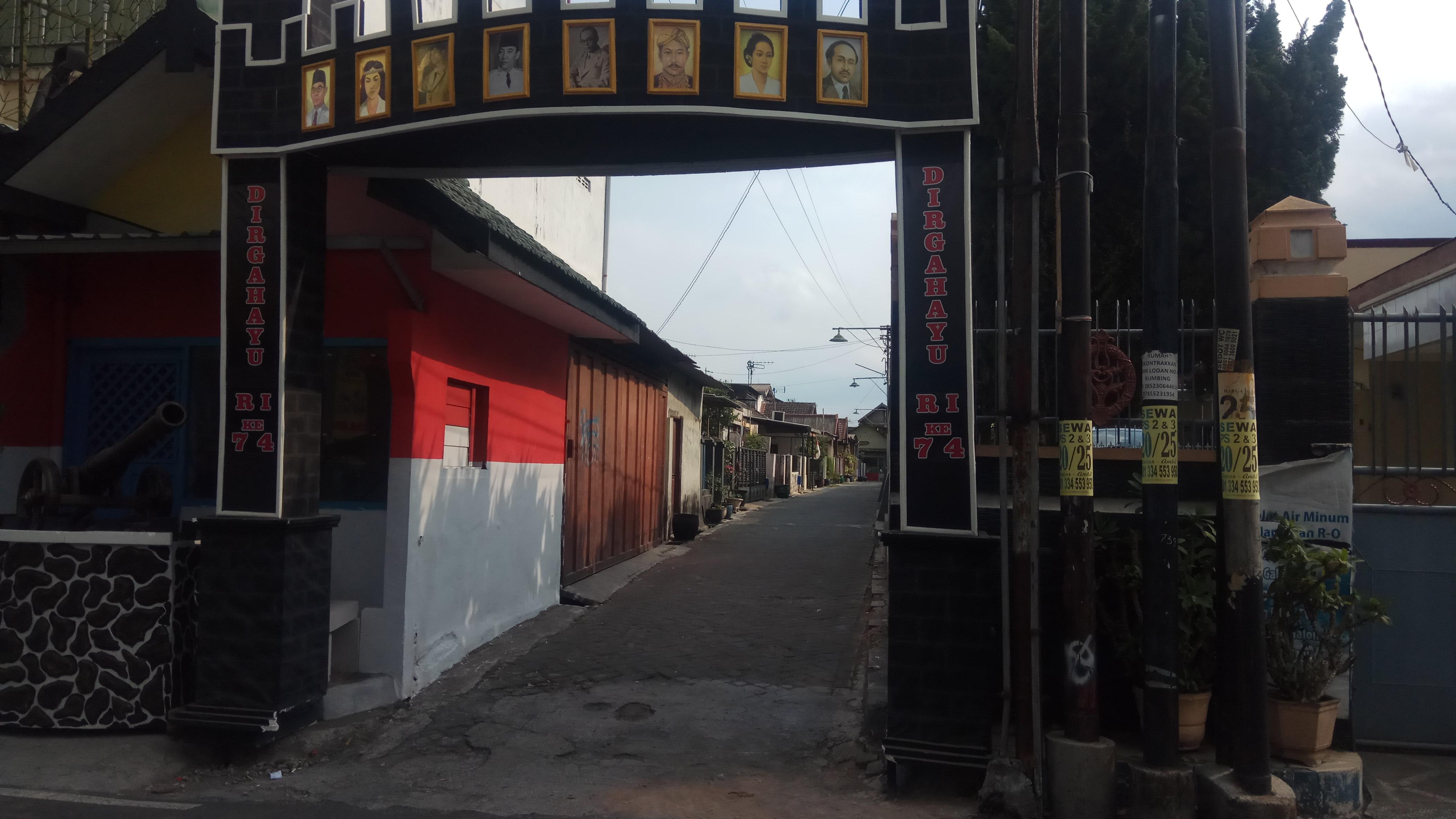 Warga Kelurahan Purwodadi Persoalkan Bangunan di Atas Fasum