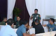 Komandan Task Force Briefing Peserta TNI dalam Latihan Staf Gema Bhakti 2019