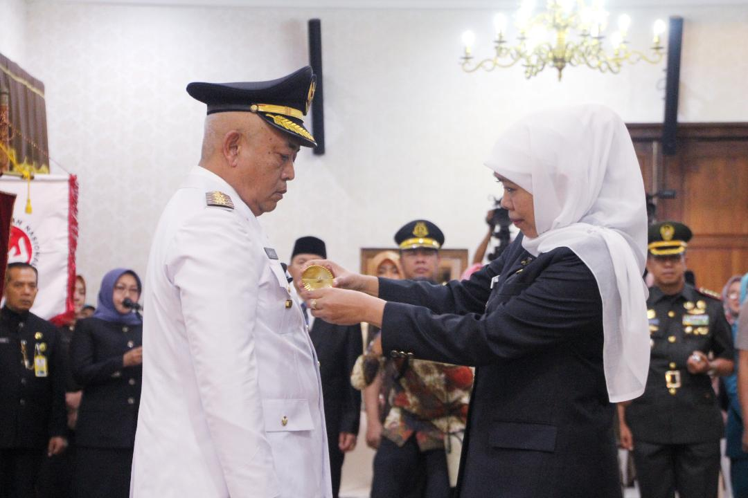 Lantik Bupati Malang, Gubernur Khofifah Tekankan Pengembangan Kawasan Malang Raya