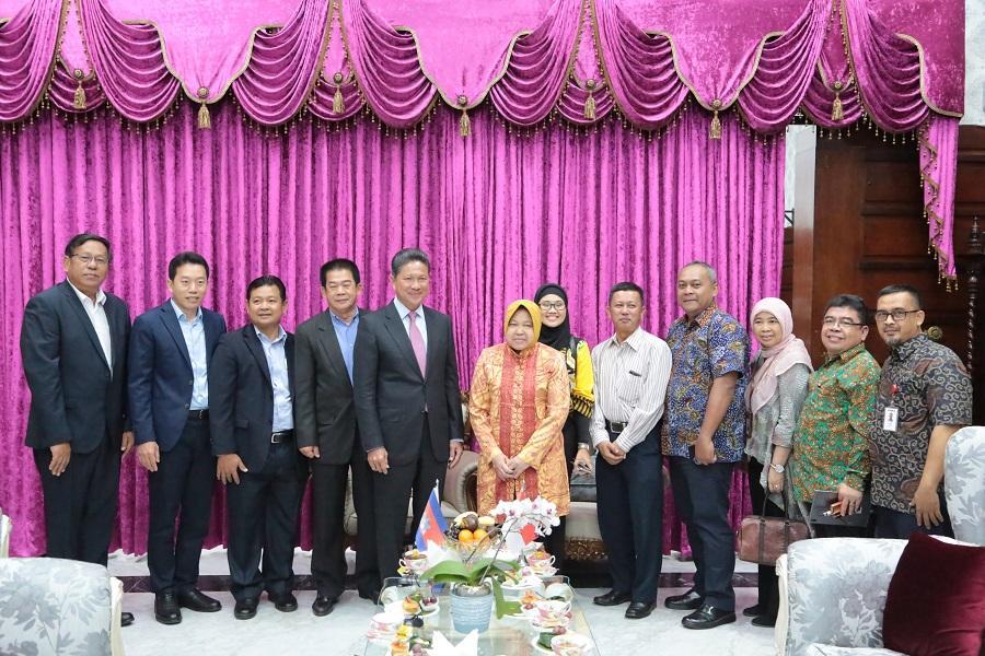 Menteri dari Kamboja Belajar Manajemen Transportasi ke Surabaya