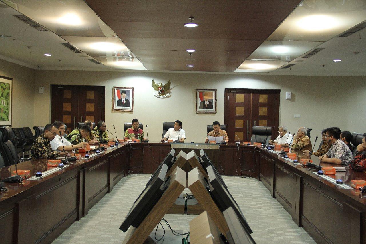 Terima AMTI dan APTI, Moeldoko Dengar Berbagai Permasalahan Pertembakauan Indonesia