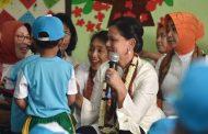 Ibu Negara Sosialisasikan Gerakan Cuci Tangan di PAUD dan IVA Tes di Puskesmas