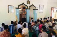 Personel Polres Pamekasan, Sosialisasikan Pilkades Damai Di 175 Masjid