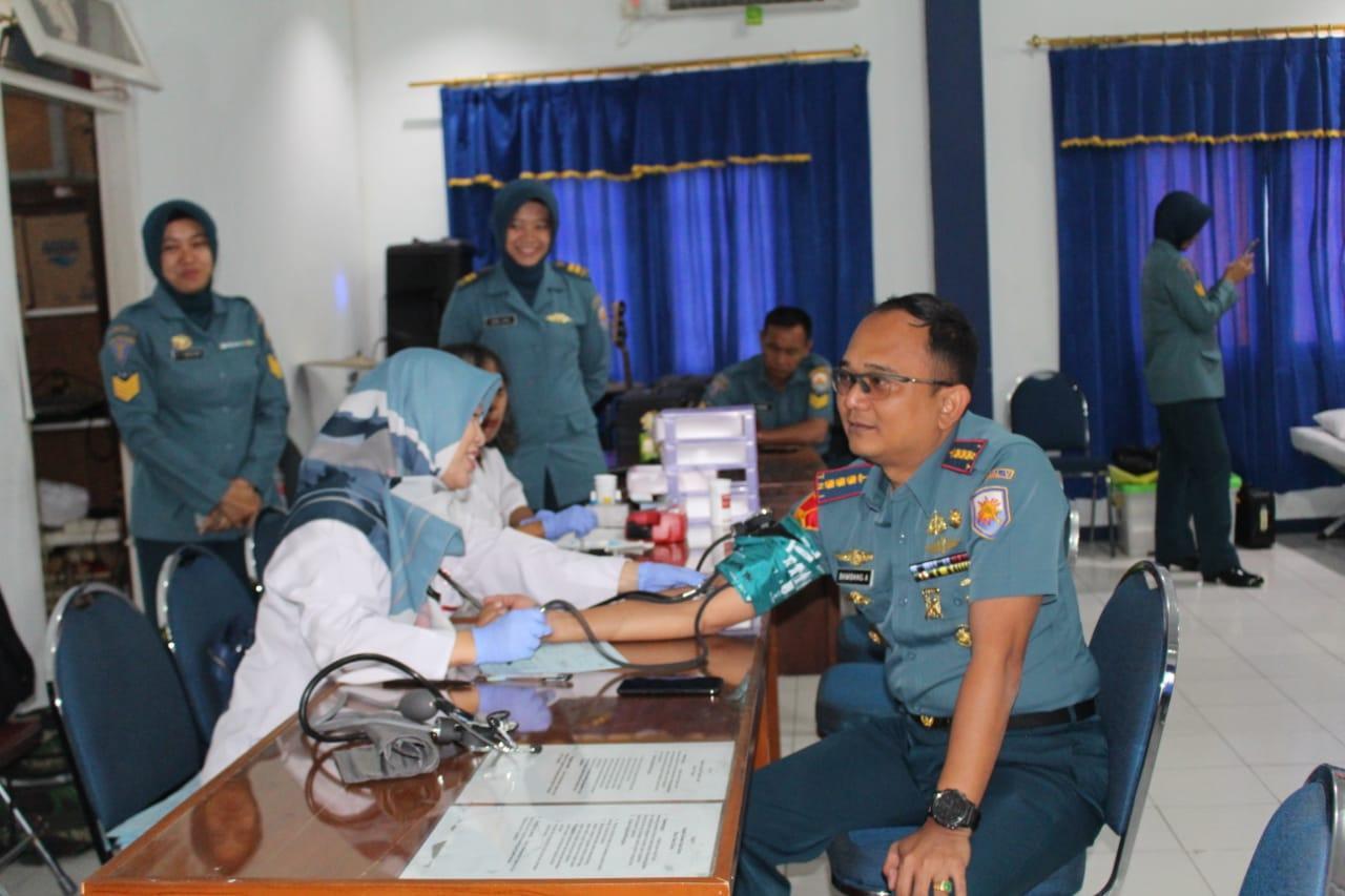 Prajurit Lanal Yogyakarta Sumbangkan Darah Peringati HUT Ke-74 TNI AL Tahun 2019