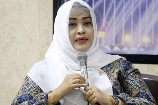 Fahira: Karhutla Ancam Jokowi Gagal Bangun SDM Indonesia Berkualitas