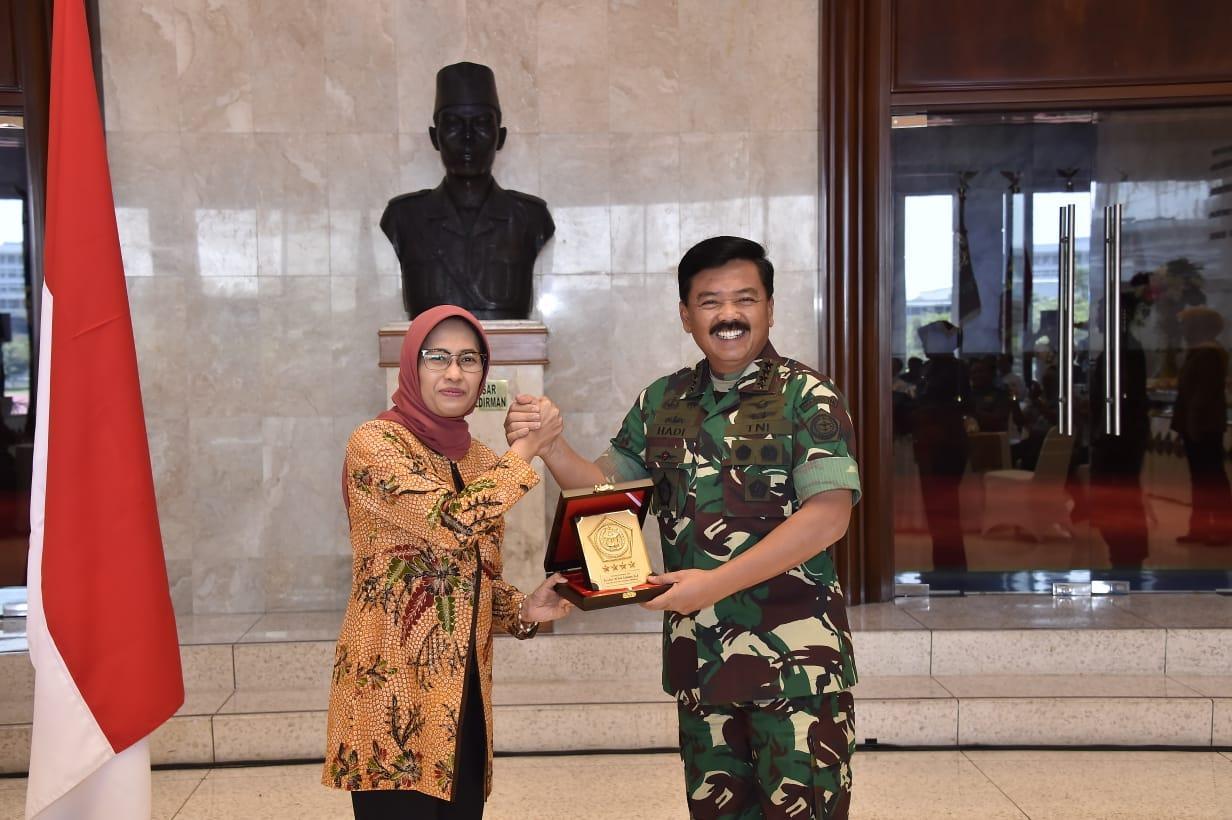 TNI dan PLN Jalin Kerja Sama Bidang Pengamanan dan Pemeliharaan
