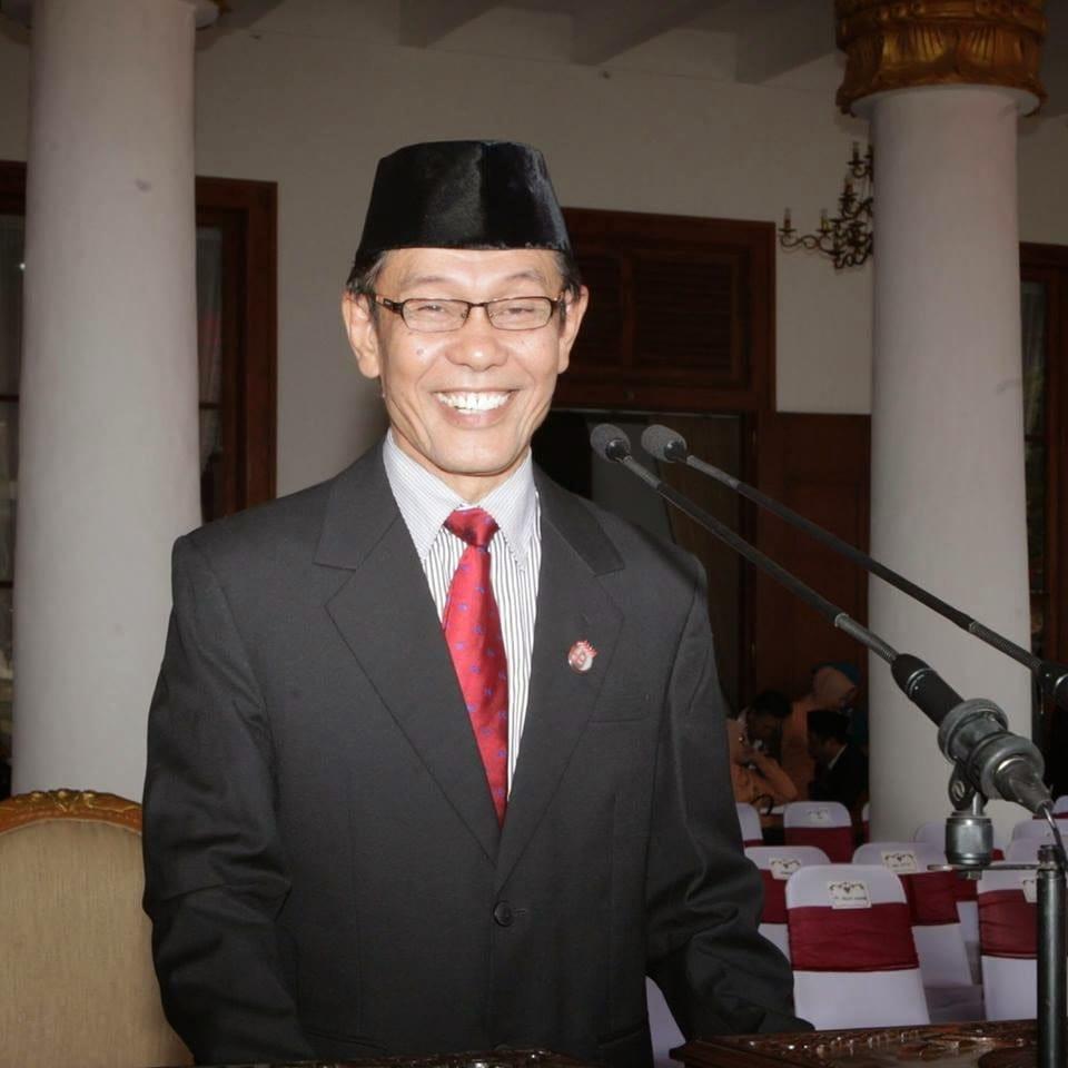 Rapat Raksasa di Tambaksari Surabaya Sejarah Perjuangan 1945 yang Dilupakan