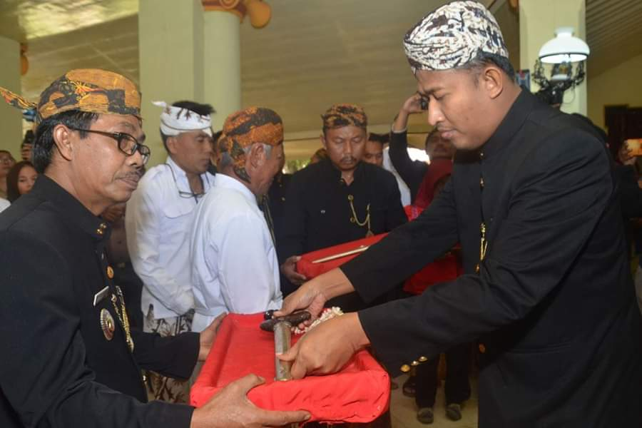 Jaga Tradisi dan Budaya, Pemkab Sumenep Gelar Kirab Pusaka Keraton