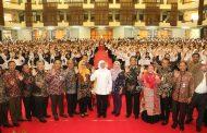 Bekali CPNS Pemprov Jatim, Gubernur Khofifah Ingatkan Jiwa ASN Adalah Melayani