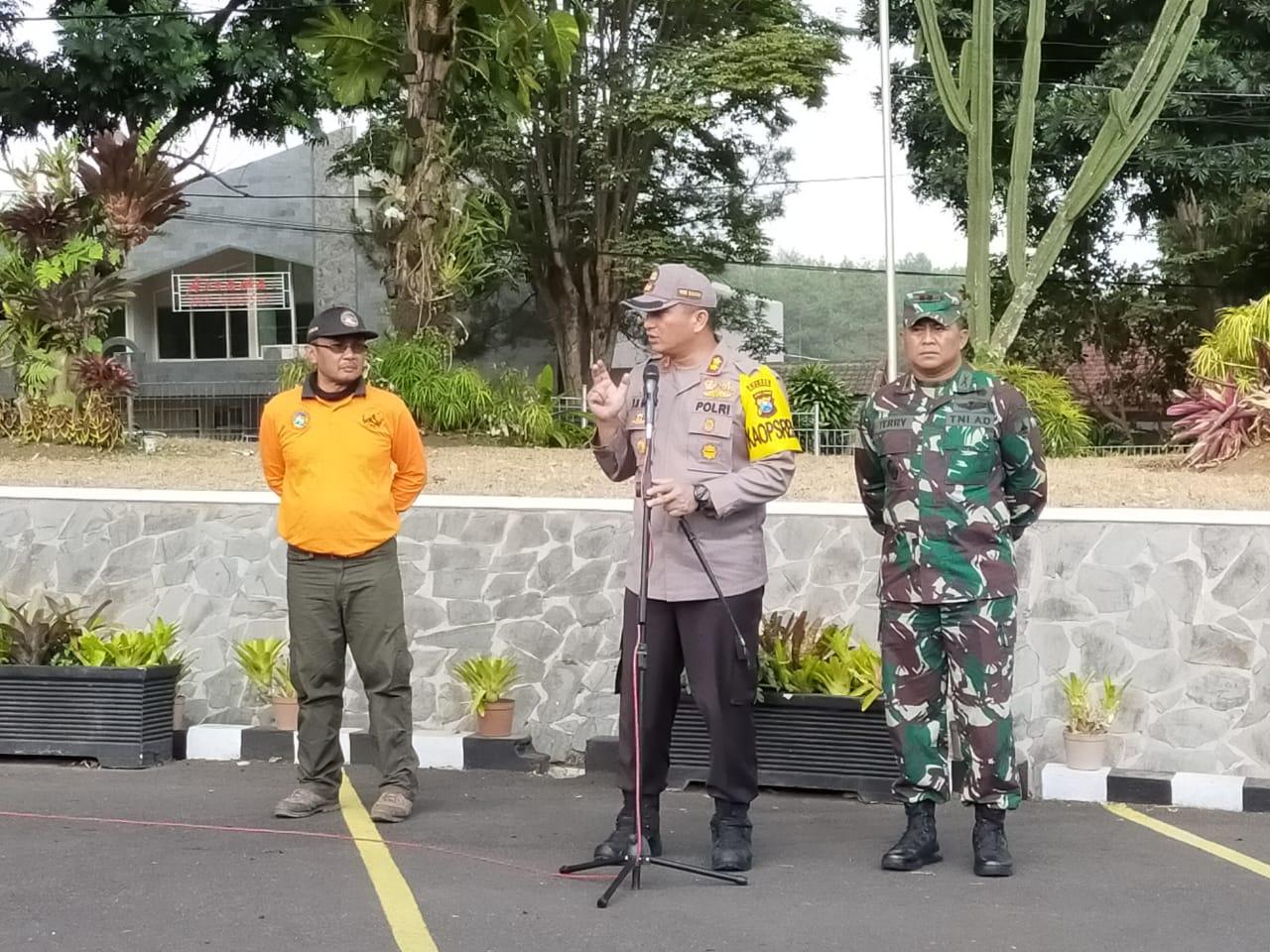 250 Personil Gabungan Atasi Karhutla di Gunung Arjuno