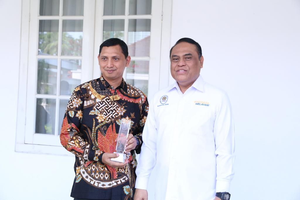 Kapolresta Sidoarjo, Terima Penghargaan Top 45 Pelayanan Publik