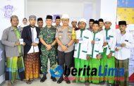 Hari Santri Nasional, Polres Situbondo Berikan SIM Gratis Bagi Santri Hafal AL Quran