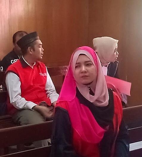 Hina Pegawai PT. Pelni Via Facebook, Marita Nangis Sebab KPK Mandul