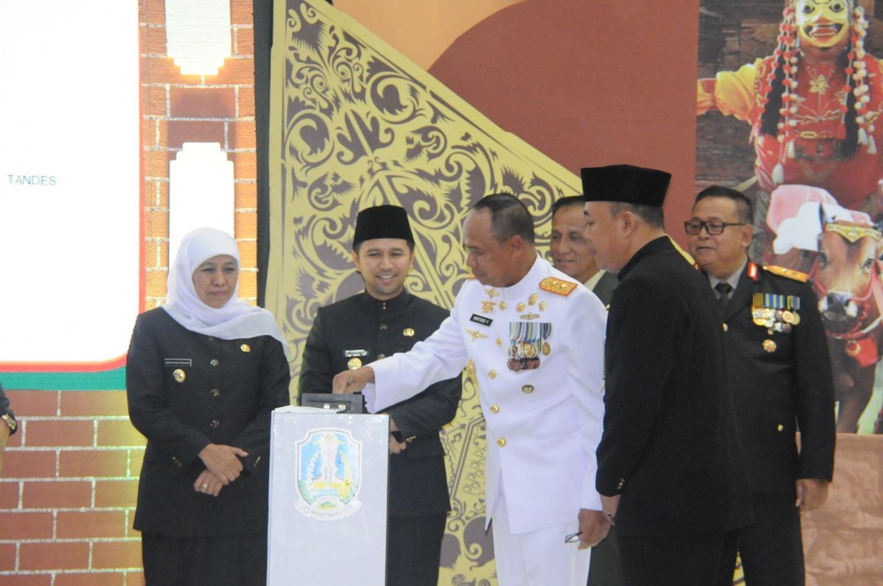 Pangkoarmada II Hadiri Upacara Peringatan HUT KE-74 Provinsi Jatim
