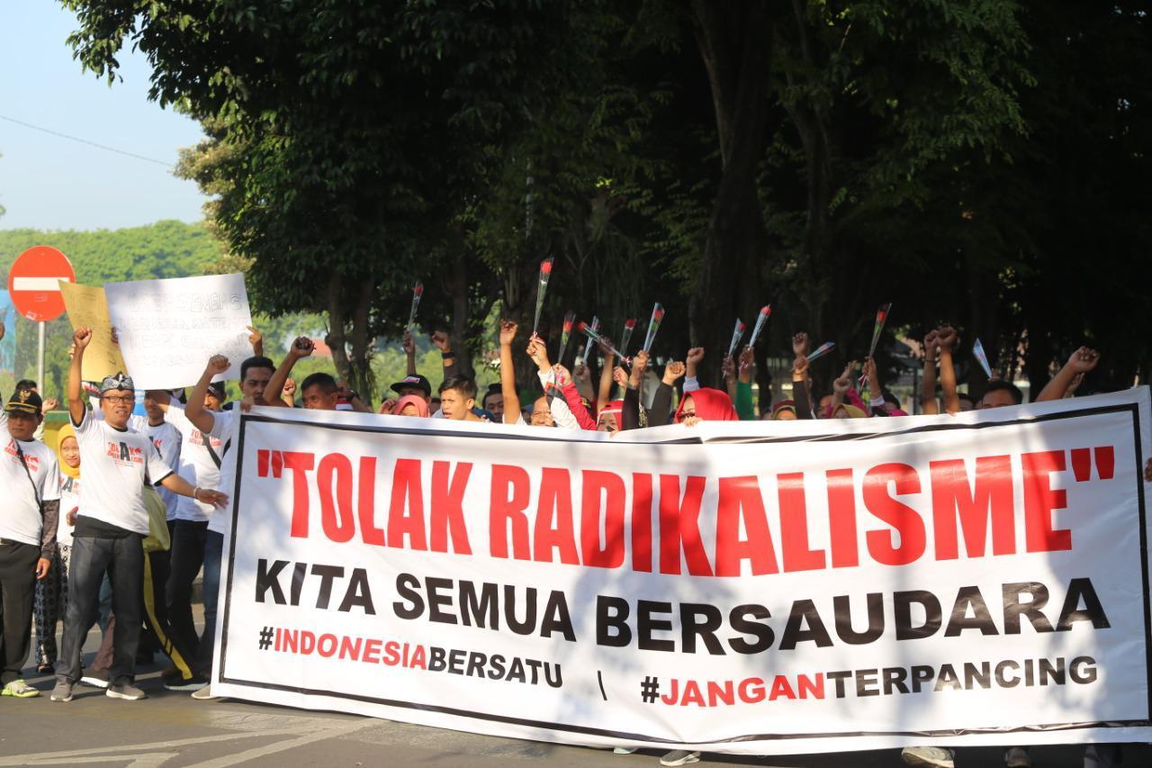 Masyarakat Lumajang Tolak Paham Radikalisme Di Indonesia