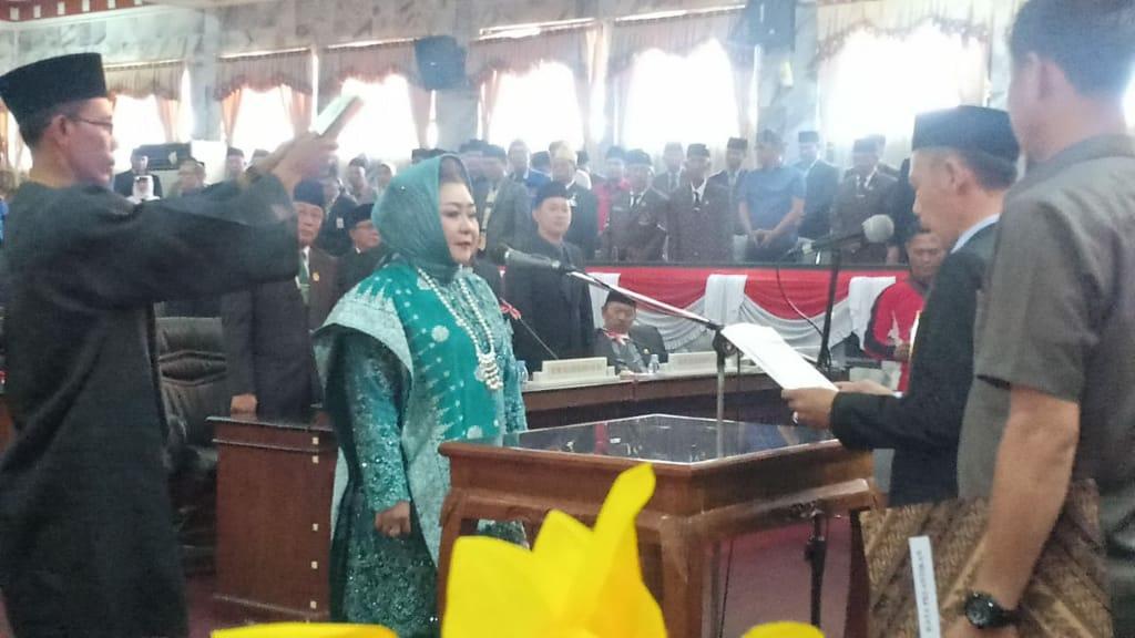 Sandy Juwita Anggota DPRD Terpilih Resmi Di Lantik