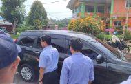 Mengetahui didatangi wartawan, anggota BPK Ngacir.