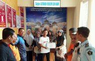 Kemenkuham Aceh Serahkan Penghargaan IKPA Kepada Kantor Imigrasi Kelas II TPI Langsa