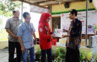 Forum Silaturahmi Istri Karyawan TelkomGroup Regional 5 Donasikan Ribuan Buku