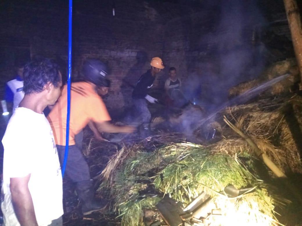 Dua Rumah terbakar pada awal musim penghujan di Karanganyar