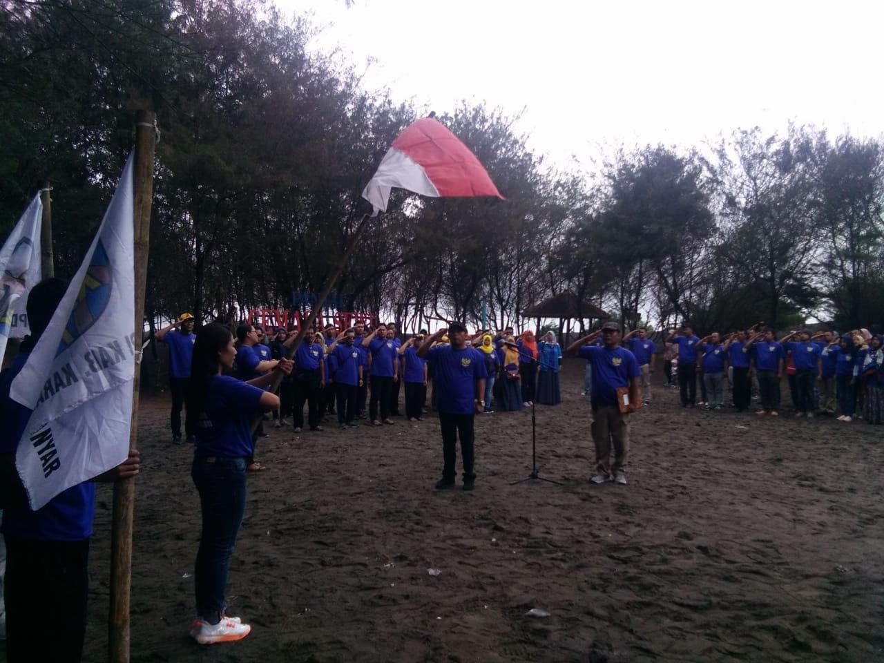 KNPI Karanganyar Gelar Apel Pemuda di pantai Cemara sewu Bantul