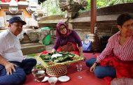 Megibung, Adat Makan Dengan Lesehan DI Desa Sala Abuan