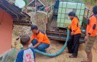 Dampak Kemarau Panjang, CRM Droping Air Bersih ke Warga Basongan dan Pandansari