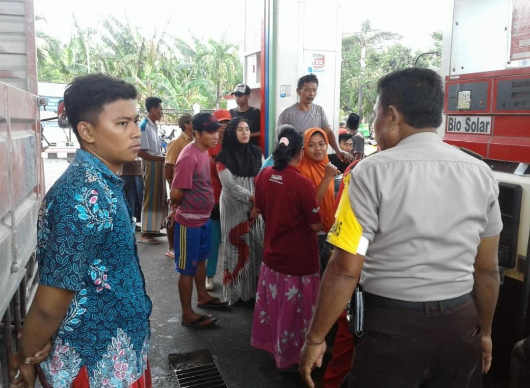 BBM Langka, Antisipasi Penimbunan, Polisi Pantau Sejumlah SPBU di Pamekasan