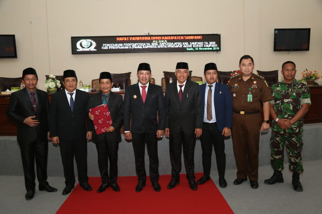 DPRD Kabupaten Sampang Gelar Paripurna Pengesahan Propemperda Tahun 2020