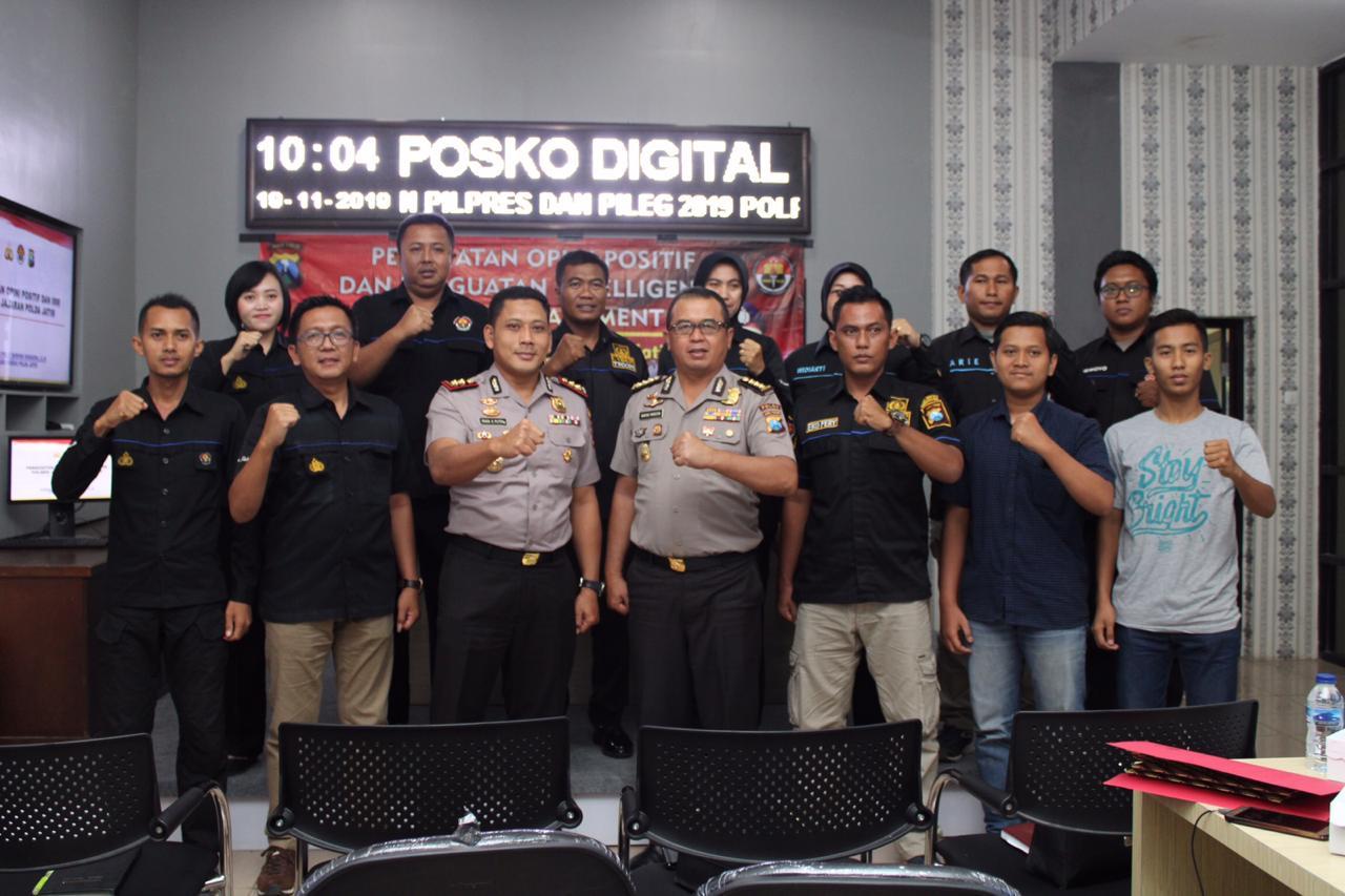 Humas Polres di Madura, Ikuti Sosialisasi Penguatan Opini Positif Dan Penguatan Intelligence Media Manajemen