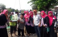 IPEMI Surabaya Bakti Sosial Bersama Penjaga Pintu Lintasan KA