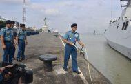 Komandan Lantamal V Hadiri Pelepasan Dua KRI Koarmada ll Jalankan Tugas Port Visit ke  Tiga Negara Tetangga