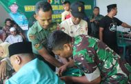 Peleton Kesehatan Yonif Raider 515 Kostrad Turut Membantu Khitanan Massal