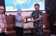 Berita Foto :  Panglima TNI Terima Dirut PT Pertamina
