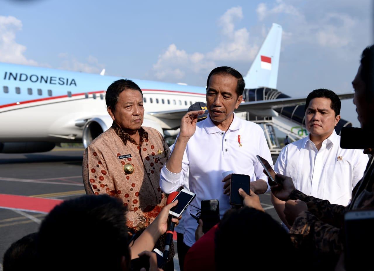 Presiden Jokowi Jajal Ruas Trans-Sumatera yang Baru Diresmikan