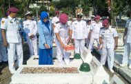 Jelang HUT Korps Marinir Ke 74 Tahun, Prajurit Yonmarhanlan V Ziarah Ke TMP Surabaya