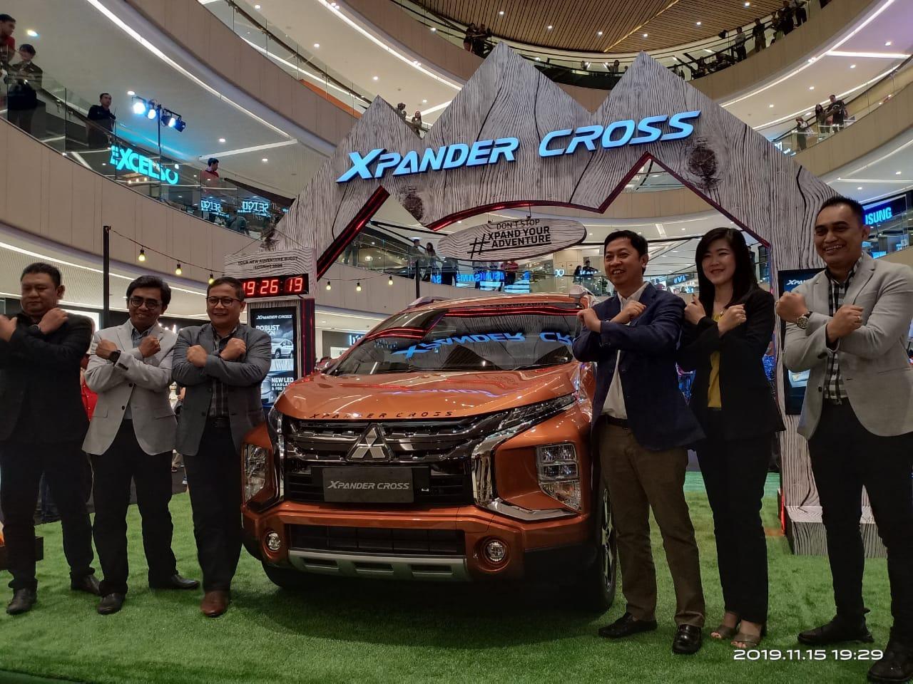 Raih Pasar Akhir Tahun di Surabaya , Mitsubishi Motors Hadirkan XPANDER CROSS
