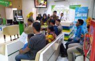 BPJAMSOSTEK Surabaya Tanjung Perak Ajak Pekerja Kurangi Kantong Plastik