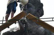 Cuci Patung Raden Wijaya, Tradisi Rutin Sambut HUT Kodam Brawijaya