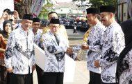 HUT Ke -74 PGRI dan Hari Guru Nasional diperingati di Depan Masjid Jamik Sumenep