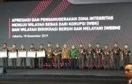 Kembali, Kabandiklat Raih Penghargaan Zona Integritas Predikat Wilayah Birokrasi Bersih dan Melayani  (WBBM)Tahun 2019