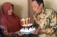 Studi Banding ke Jogja, Ketua DPRD Bondowoso Dapat Surprise di Ulang Tahunnya